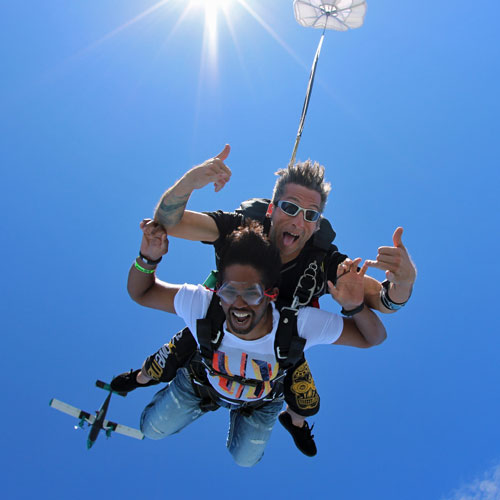 Chicago Tandem Skydiving Freefall