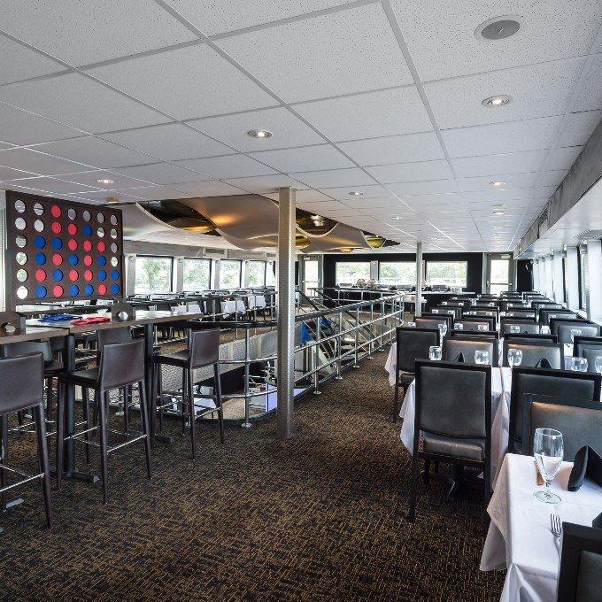 Dinner Cruise Interior