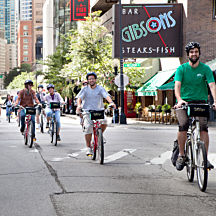 Food & Bike Tour in Chicago
