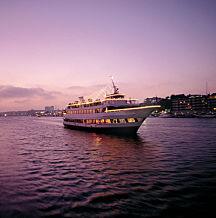 Los Angeles Dinner Cruise