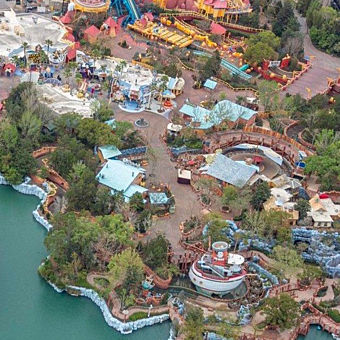 Theme Park Fly-Over by Seaplane  in Florida