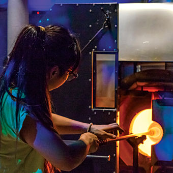 Private Glass Blowing Lesson in Seattle