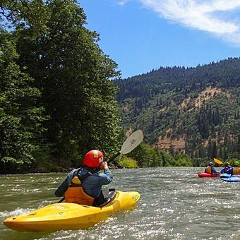 2 Day Kayaking Course in White Salmon River, WA