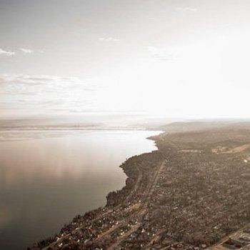 Duluth Shoreline on Lake Superior Helicopter Tour