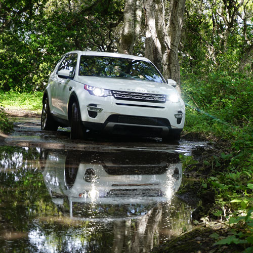 Learn to Drive a Land Rover