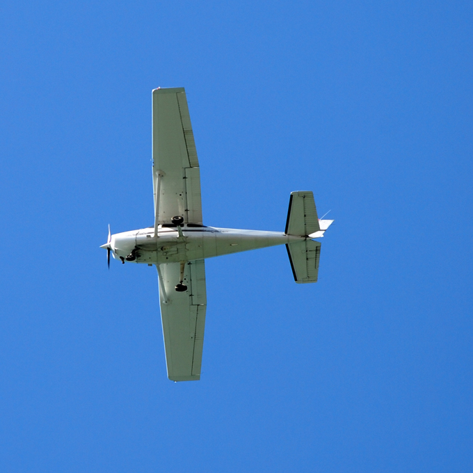 Learn to Fly a Cessna near St. Louis