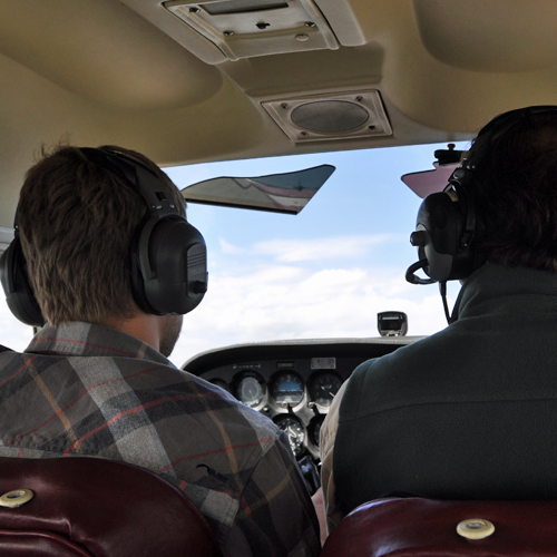 Fly a Cessna 172 near Columbus