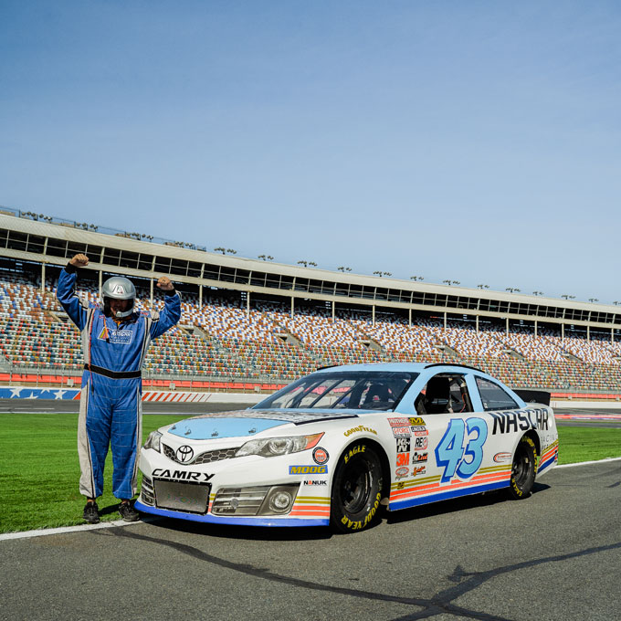 Race a NASCAR at Las Vegas Motor Speedway
