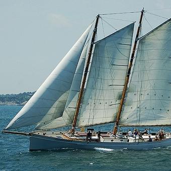 Morning Mimosa Sail in Rhode Island