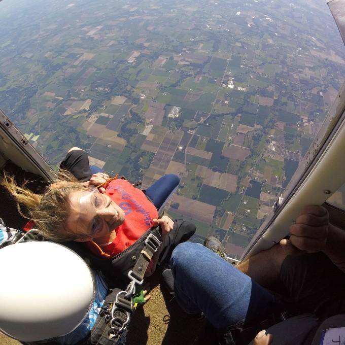 Tandem Skydiving near Portland, Oregon