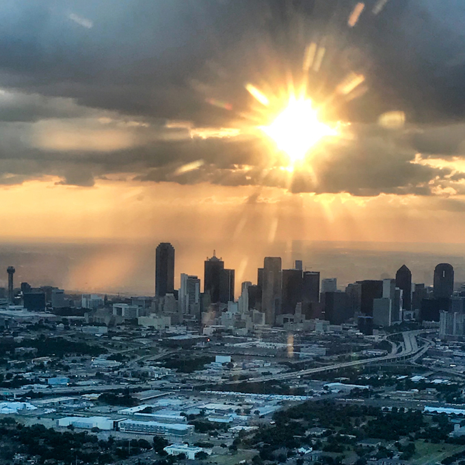 Dallas Helicopter Tour for up to 4 People